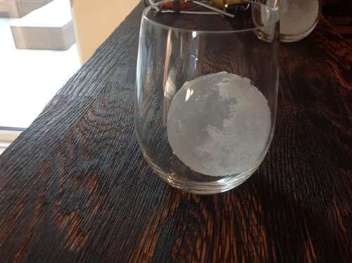 Master of Cocktails ice sphere