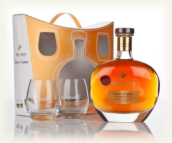 Rémy Martin Coeur De Cognac with glasses